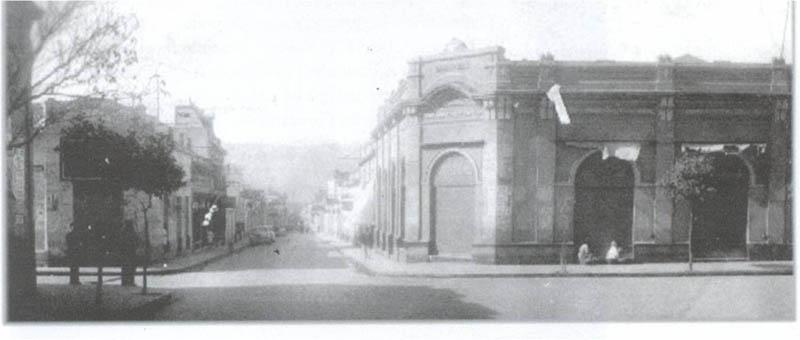 Vista de la esquina de República y Sarmiento en el área central de SFVC a comienzos de la década de 1940